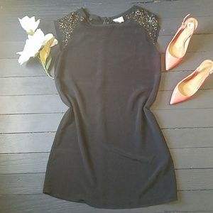 💍 One Clothing Black shift dress